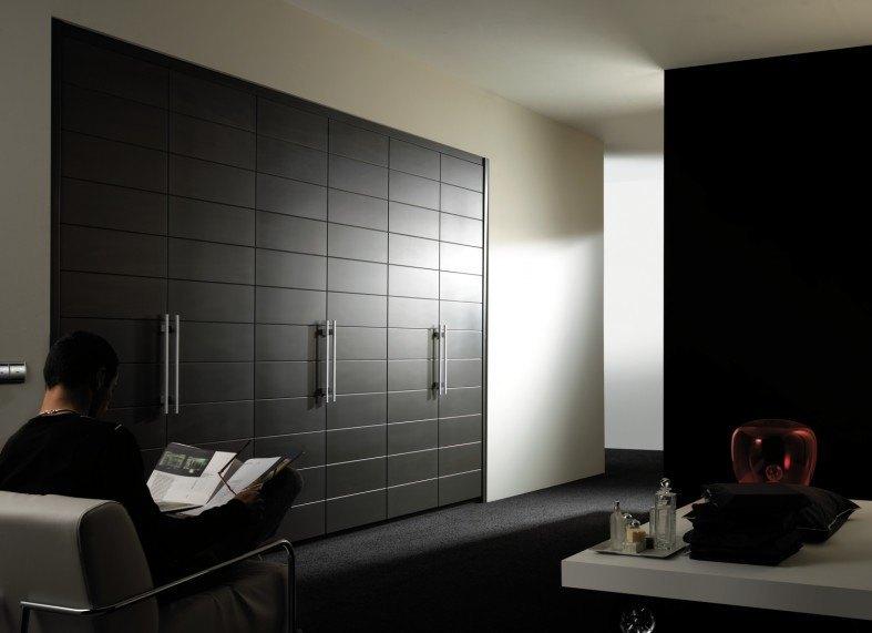 puertas batientes en armario