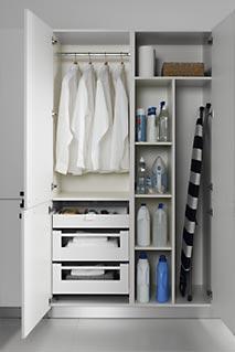 Accesorios de cocina graden - Mueble para guardar tabla de planchar ...