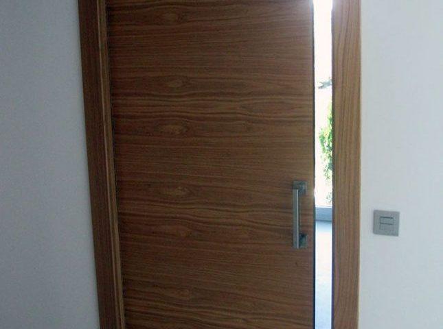 puerta con cassoneto