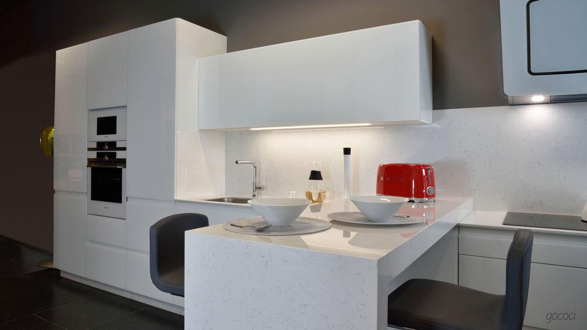 cocina de diseño inversa intemporal
